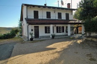 Country House for sale in the Langhe - Charming rural property set in a private position