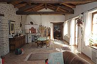 Renommiertes Landhaus zum Verkauf im Piemont Italien. - Another view of the living area