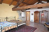 Renommiertes Landhaus zum Verkauf im Piemont Italien. - Master bedroom