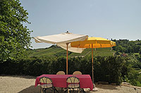 Bella cascina in vendita in Piemonte - Enjoy outside living in the courtyard area