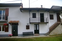 Cascinale indipendente in vendita in Piemonte - The front of the property