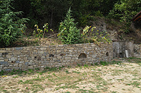 Langhe stone property in Piemonte - Langhe stone walls