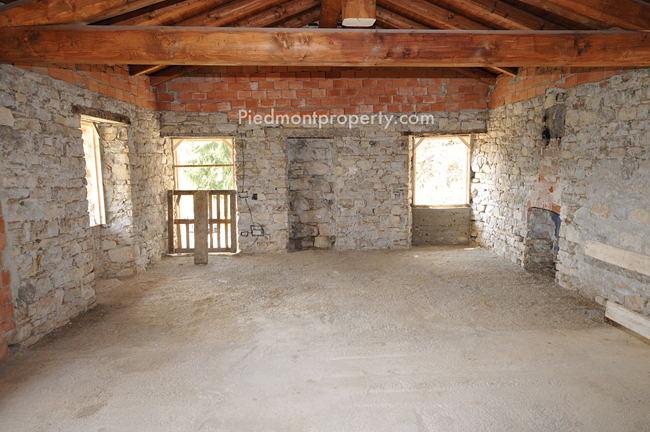 Casa indipendente in pietra in vendita in piemonte cortemilia 6509 piedmont property immobili - Bombolone gas casa ...
