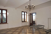 Italian farmhouse renovation project for sale in the Asti area - All rooms are bright and spacious