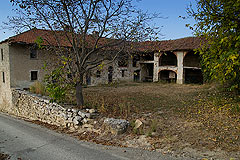 Property for sale in south Piemonte - Large Italian L-shaped farmhouse for restoration with rental potential