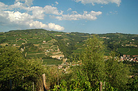 Rustico in vendita in  Piemonte - Views to the front of the property