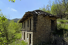 Langhe stone house. - SOLD - Old rustico stone house in a panoramic rural location.