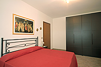Holiday Rental - Restored Farmhouse 3km from Alba for self catering holidays - Casa Claudia - Bedroom