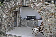 Luxury Property for sale in the Langhe Piemonte - Outside kitchen area