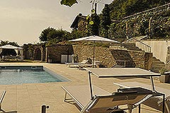 Luxury Property for sale in the Langhe Piemonte - Pool area