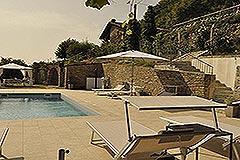 Luxusimmobilie zum Verkauf in der Langhe, Piemont - Pool area