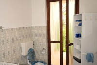 Country property with vineyards for sale in Italy - Bathroom