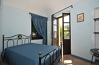 Historic Property for sale in Piemonte Italy. - Bedroom with balcony