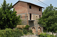 Italian Rustic House for sale in Piemonte - Front view of the property