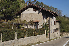 Two luxury restored stone houses for sale in the Piemonte wine region - Two luxury country homes restored to a high standard with commanding views over the vineyards and countryside of the Belbo wine valley.