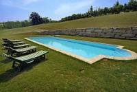 Hotel, Restaurant & Privatvilla zum Verkauf im Piemont Italien. - Swimming pool area for guests