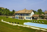 Hotel, Restaurant & Private Villa for sale in Piemonte Italy - Spacious garden area for guests