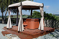 Vacation Rental in Piemonte Italy - Hot Tub