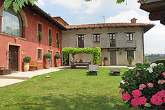 Luxury Country House for sale in Piemonte - Prestige Italian country home finished to the highest standards with commanding views over the surrounding countryside.