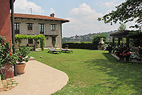 Luxury Country House for sale in Piemonte - Flat garden area