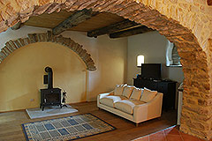 Langhe Stone House and Barn for sale in Piemonte - Living area