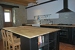 Langhe Stone House and Barn for sale in Piemonte - Kitchen area