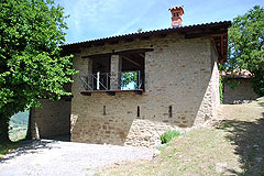 Restored Country Home for sale in Piemonte. - Independent building
