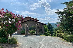 Rustic Style Country House in Piemonte. - Langhe stone restored property enjoying a commanding position within the Belbo Wine Valley
