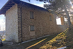 Rustico in vendita in Piemonte - Rear view