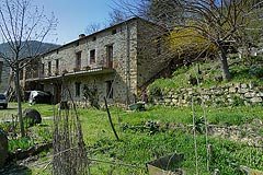 Italian farmhouse for sale in Piemonte - PRICE REDUCTION - Rustic farmhouse situated in a tranquil position with an additional hayloft for restoration.