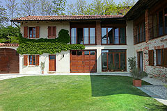 Country estate for sale in Piemonte Italy. - Traditional L shaped restored farmhouse