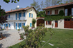 Country estate for sale in Piemonte Italy. - Front view of the property