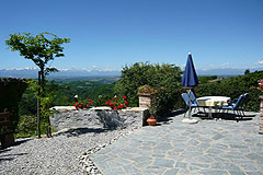 Country estate for sale in Piemonte Italy. - Views from the Italian properties