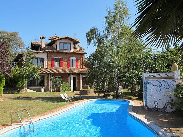Casale in vendita in piemonte nizza monferrato 6695 - Piscina nizza monferrato ...