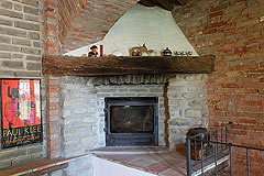 Country House for sale in Piemonte. - Stone fireplace