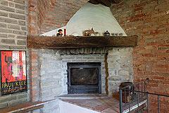Casale in vendita in Piemonte - Stone fireplace