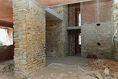 Rustico in vendita in Piemonte - The property features old local stone
