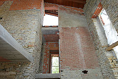 Part Restored Country House for sale in Piemonte. - Interior