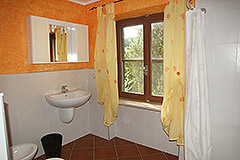 Country House for sale in the Langhe region (Piemonte) - Bathroom