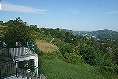 Landhaus zum Verkauf in der Region Langhe (Piemont). - Panoramic views