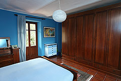 Country House for sale in the Belbo wine valley - Bedroom