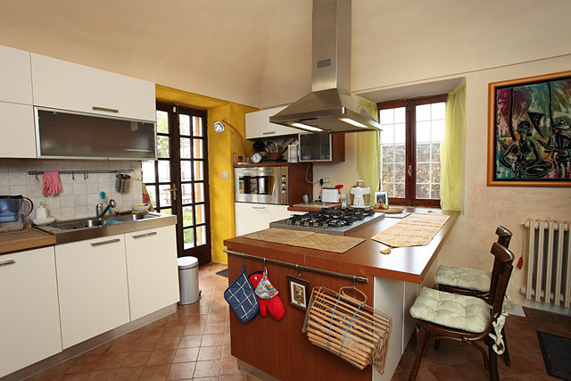 1hr 54 mins of close up cumshots - 4 10