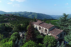 Luxury Country Estate with Boutique Winery. - Prestigious Country Estate and Winery in stunning Langhe hilltop location.