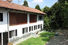 Restored Italian farmhouse - Old stable area