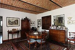 Restored Italian farmhouse - The farmhouse has many traditional Piemontese features.