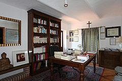 Restored Italian farmhouse - Bedroom