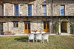 Langhe stone cottage within a small exclusive residence. - Outside area