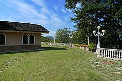Luxus Villa zum Verkauf im Piemont(Piemonte). - The property is set in spacious grounds