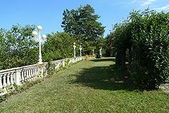 Luxus Villa zum Verkauf im Piemont(Piemonte). - The property is situated in private grounds