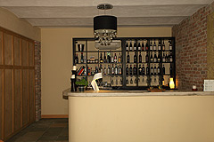 Country Estate with Barbera d'Asti DOCG and Moscato DOCG vineyards - Bar area